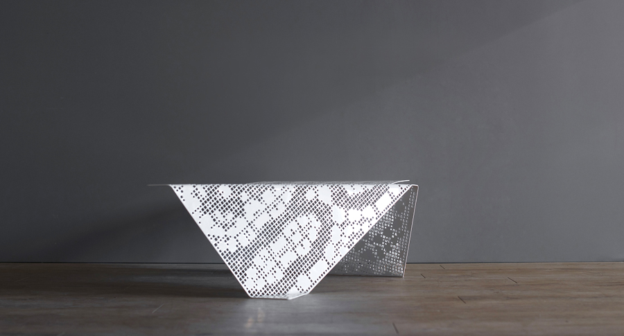 Lacescape table